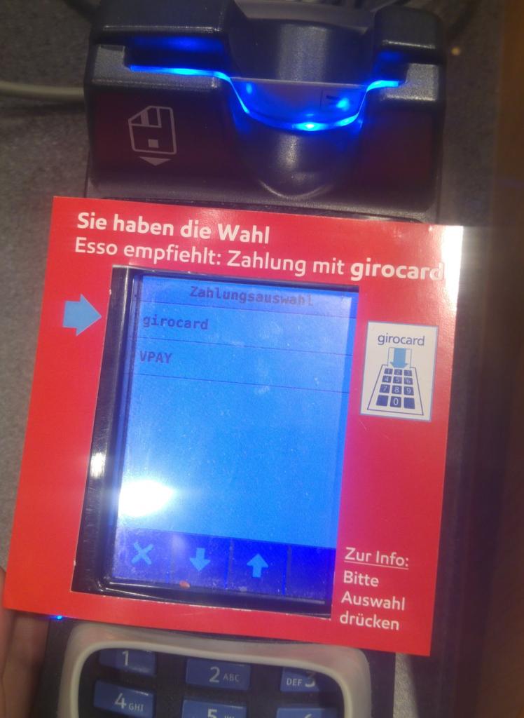 """""""Sie haben die Wahl"""": Esso macht es vor. (Foto: @der_simon)"""